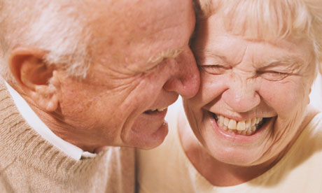 Couple-Laughing-007