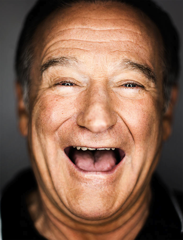 11 Reasons to Say Good-bye to Robin Williams2