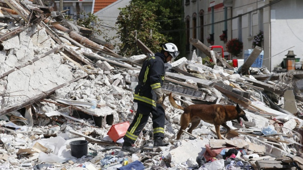 An Explosion in Paris Killed at Least 6 People