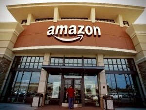 Amazon to Open Physical Store