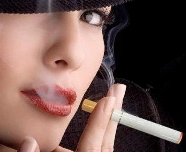 E-Cigs Are Less Addictive than Regular Cigarettes, Study Confirms