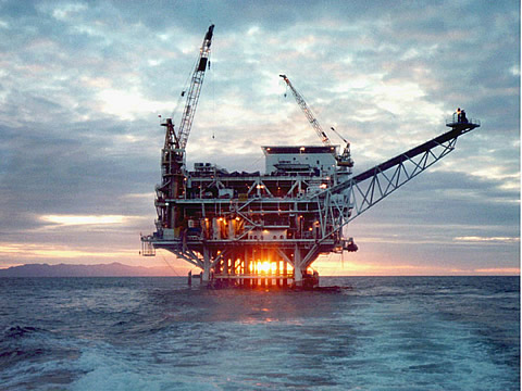 Obama Administration to Open up Atlantic Coast to Offshore Drilling