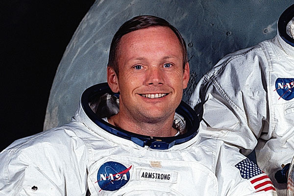 Neil Armstrong's Widow Found Bag Stuffed with Appolo 11 Artifacts
