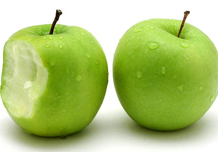 The Feds Approve Genetically Engineered Apple that Doesn't Turn Brown