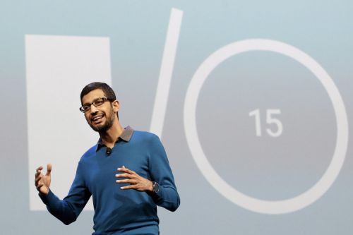 "alt=""Sundar Pichai speking during google I/O 2015"""