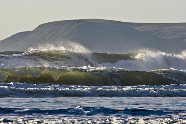 "alt=""waves hitting california's shores'"
