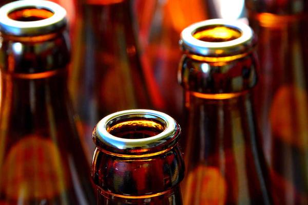 "alt=""drinking problems affect 33 million us adults"""