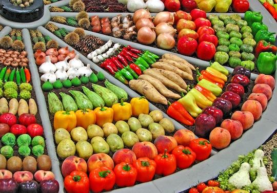 """alt=""""Vegetables Sorted by color"""""""