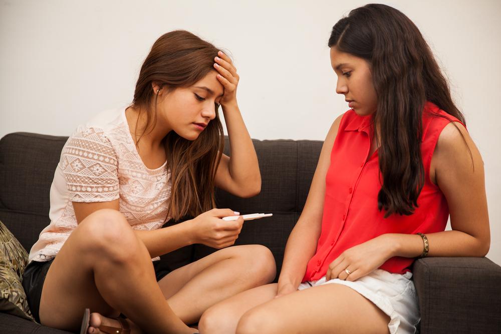 """girls discussing teen pregnancy"""