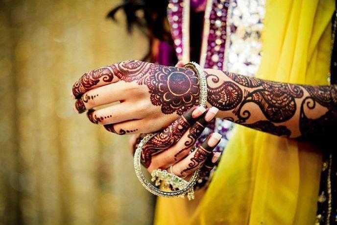 """alt=""""Bride Hand Designs with Henna"""""""