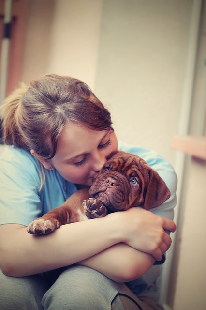 """""""Having a pet dog might help lower a child's anxiety levels, a study shows."""""""