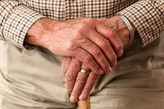 """""""Loss of sense of smell could indicate mild cognitive impairment for the elderly."""""""