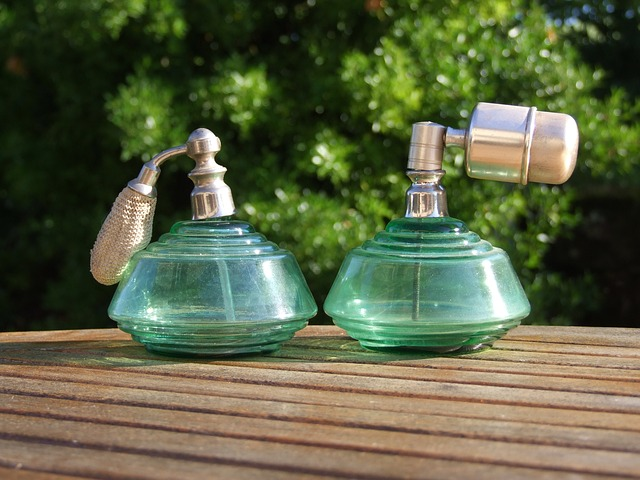 """""""It seems that some perfumes could act as efficient bug repellants."""""""