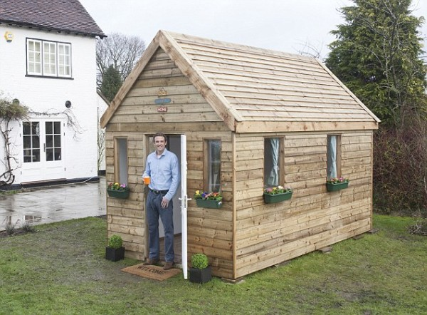 """""""tiny portable house"""""""