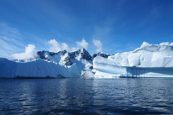 alt= melting glaciers