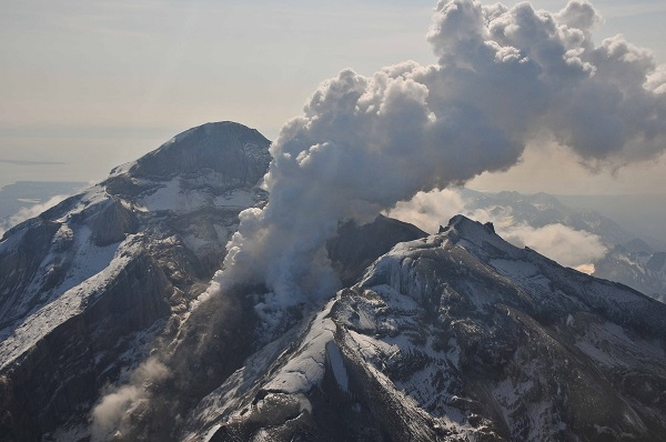 Alaskan volcano Pavlof