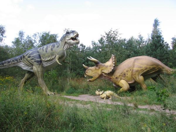 dinosaurs suffering from arthritis