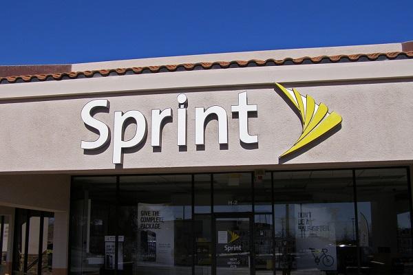 Sprint logo on store