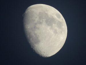 Full Moon above Tokyo