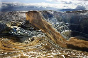 Utah copper mine landslide largest in modern North American history