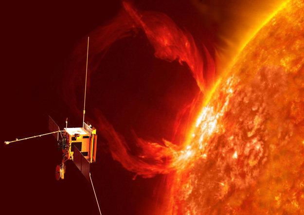 Solar_Orbiter_exploring_the_Sun_s_realm_node_full_image