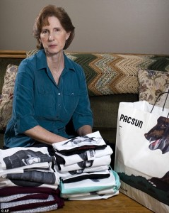Utah Mom Buys All of Store's T-Shirts She Found 'Indecent'