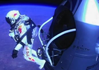 felix-baumgartner-historical-space-jump-new-video