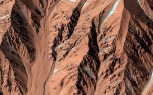 NASA finds Gully Channel on Martian surface