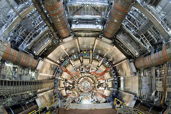 0415-large-hadron-collider_full_600