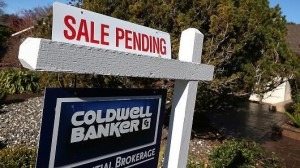 U.S. pending home sales rise less than expected in April
