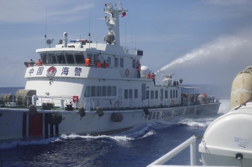 Japan says Chinese ships entered around Senkakus