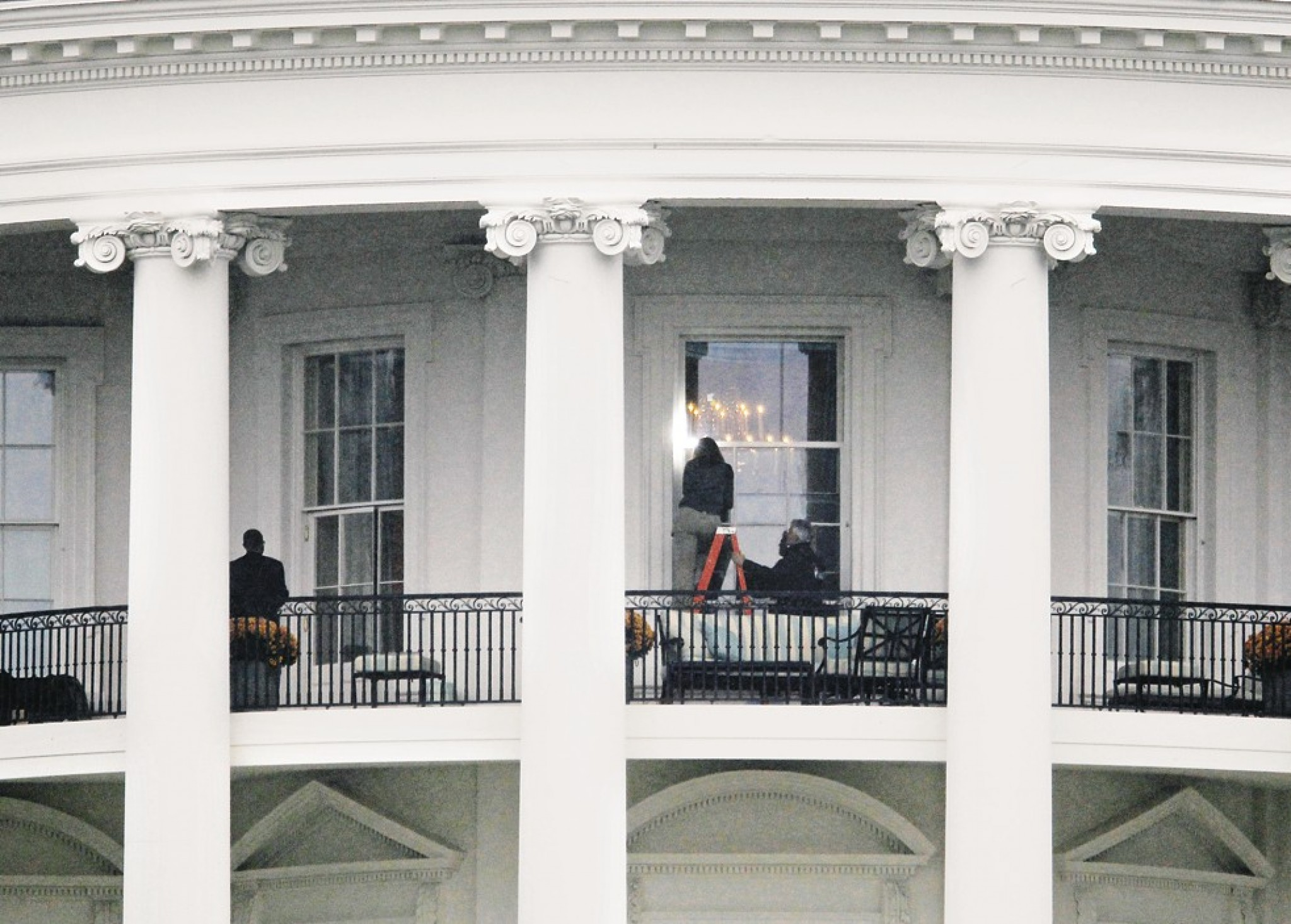 Three Years Ago, A Gunman Drove Up To The Presidential Residence And Fired  Seven Shots At The White House, Smashing A Window On The Second Floor.