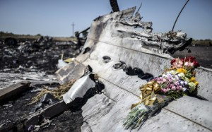 Dutch Begin Recovery of MH17 Wreckage in Ukraine