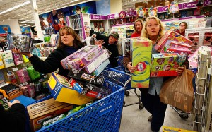 Thanksgiving Shopping: Family Time or New Black Thursday