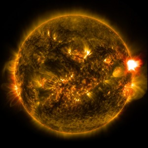 NASA Captured Beautiful Solar Flare Images (+ Video)