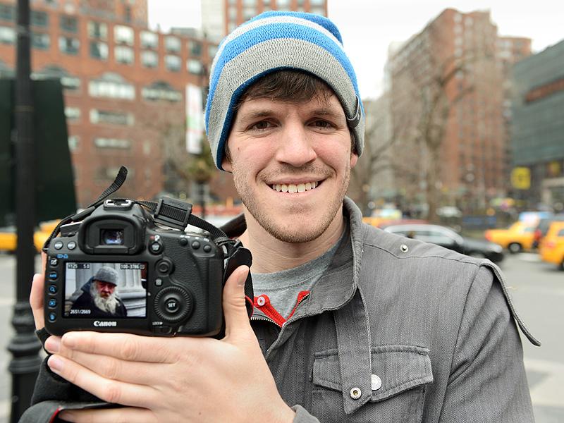 NY Blogger Raises $1 million for a Broklyn School' s Harvard Trip