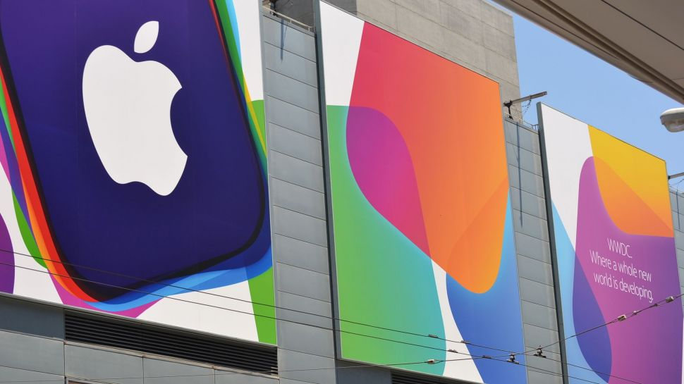 "alt=""developers prepare the wwdc 2015 keynote"""