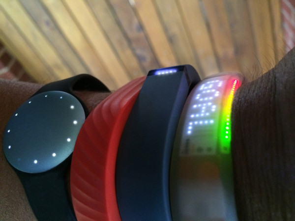 activity trackers do not improve weight loss