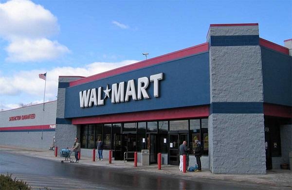 Walmart building exterior