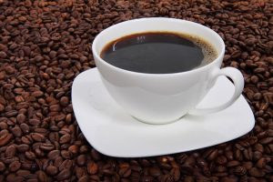 Drinking Up to Four Coffee Cups Per Day Reduces the Risk of Early Death
