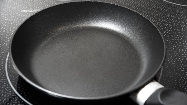 Non-stick pan on cooktop